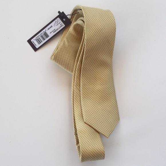Michael Kors Silk Gold Textured Slim Neck Tie